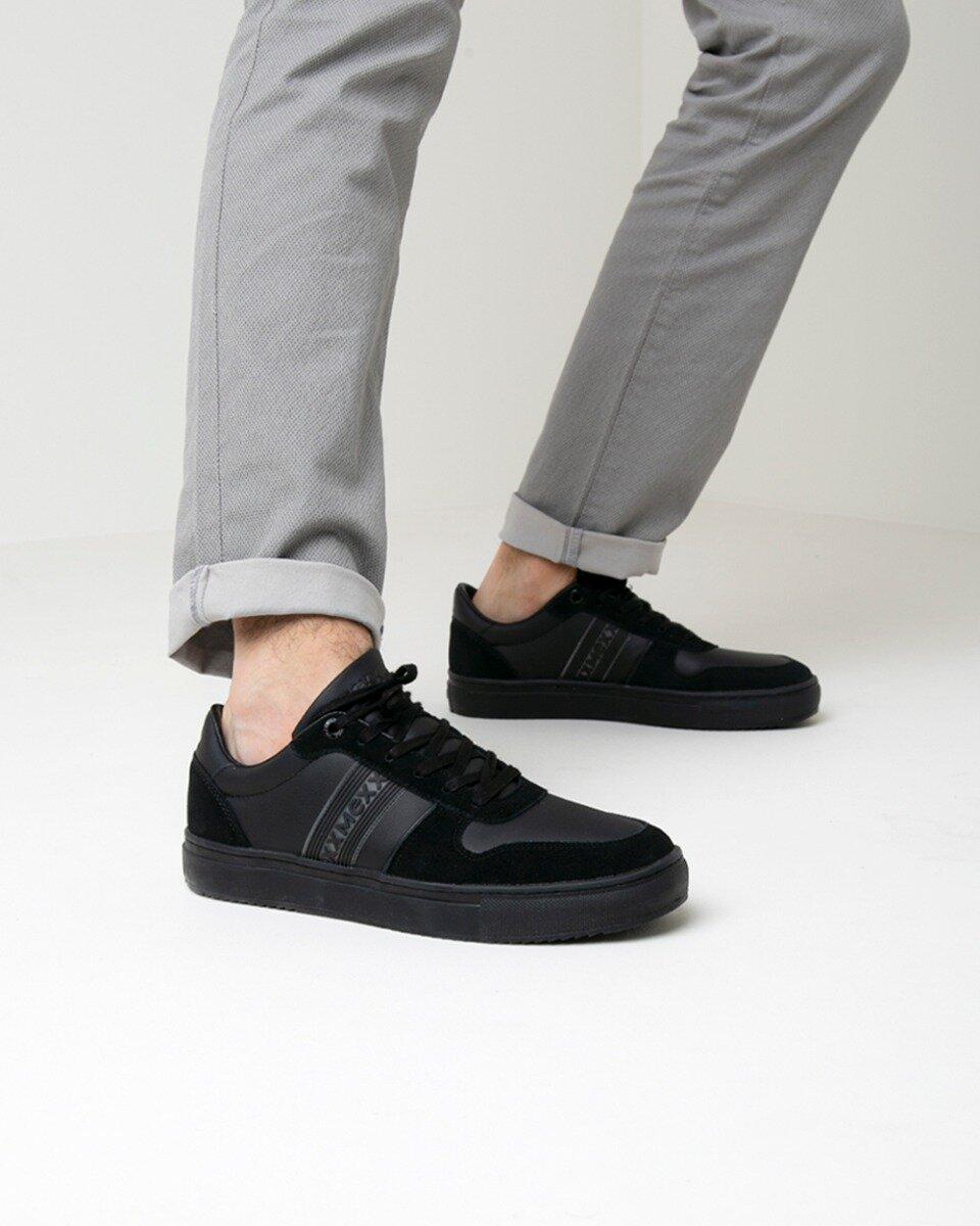 Sneaker Geran Zwart met zwarte zool